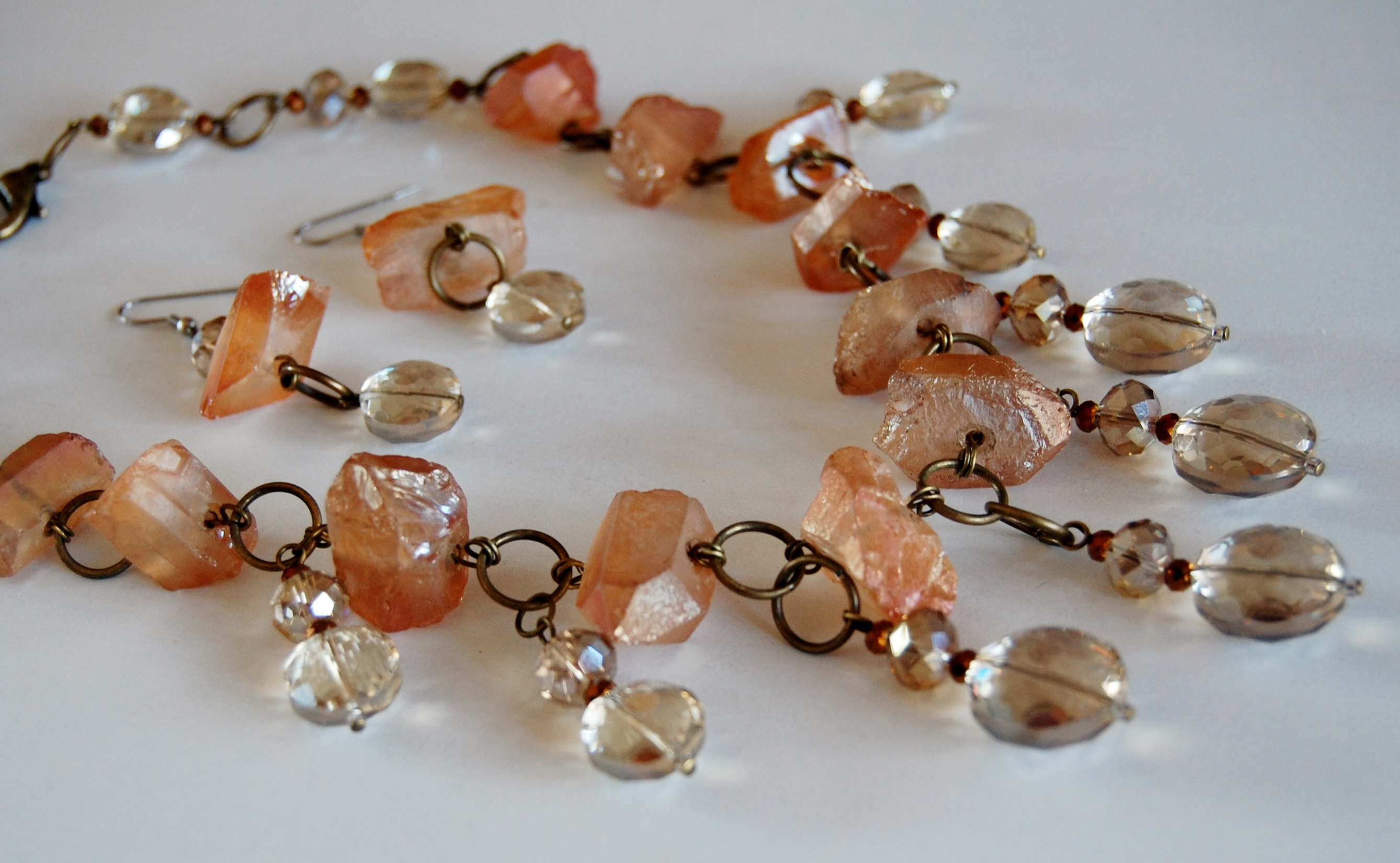 PEACH QUARTZ AND CITRINE-HUED CRYSTAL DROPS NECKLACE SET